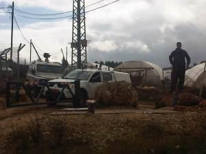 Qaryout, 10.2.2012, Armed settler